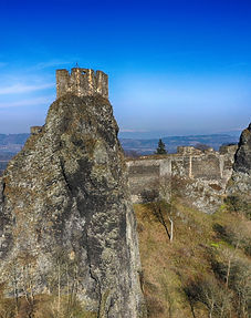 Trosky-castle.jpg