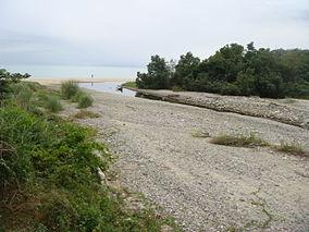 Dinadiawan River
