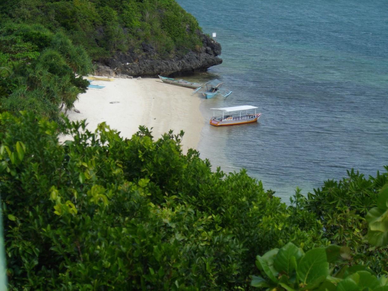 Taklong Island Marine Reserve