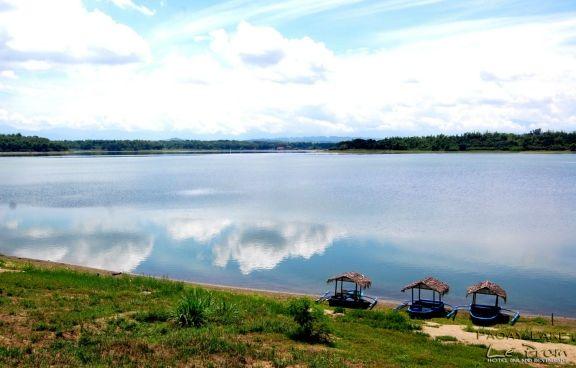 Pantuwaraya Lake National Park