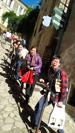luck and family rampe st emilion 4.jpg