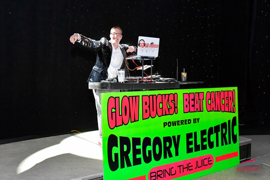 DJ MDizzle Performing Live for the Glow Bucks! Beat Cancer! Glow Party on The Buckeye Cruise 4 Cancer 2020