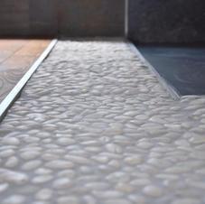 Boden und Wandbeläge Haus Sebesteny