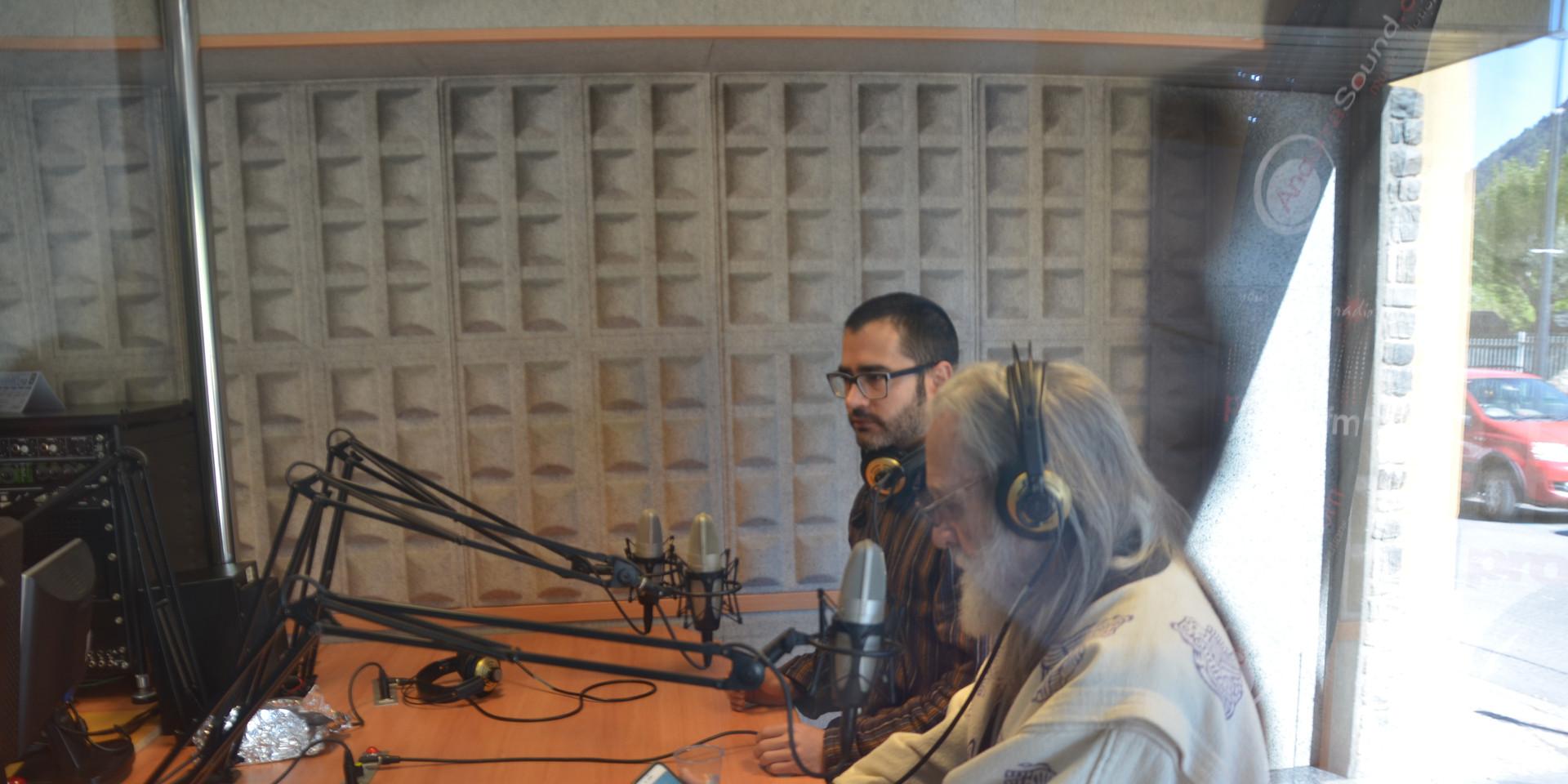 Don y Alex en la radio