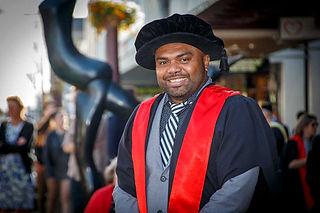 Vunibola-Suliasi-graduation-november-202