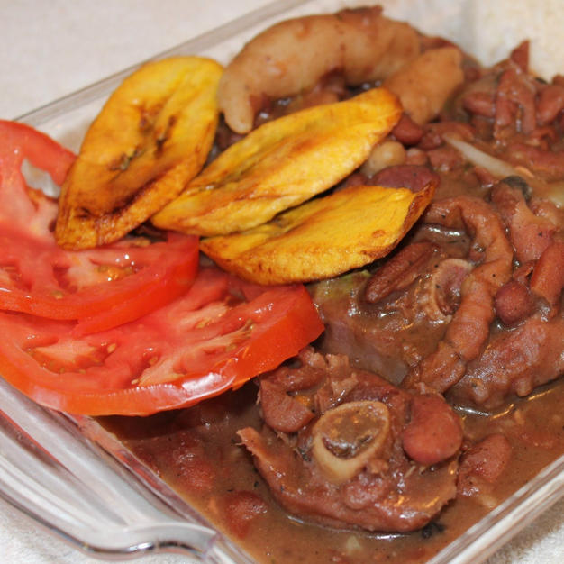 Stew peas with Oxtail