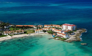 Where to stay around The Bahamas?
