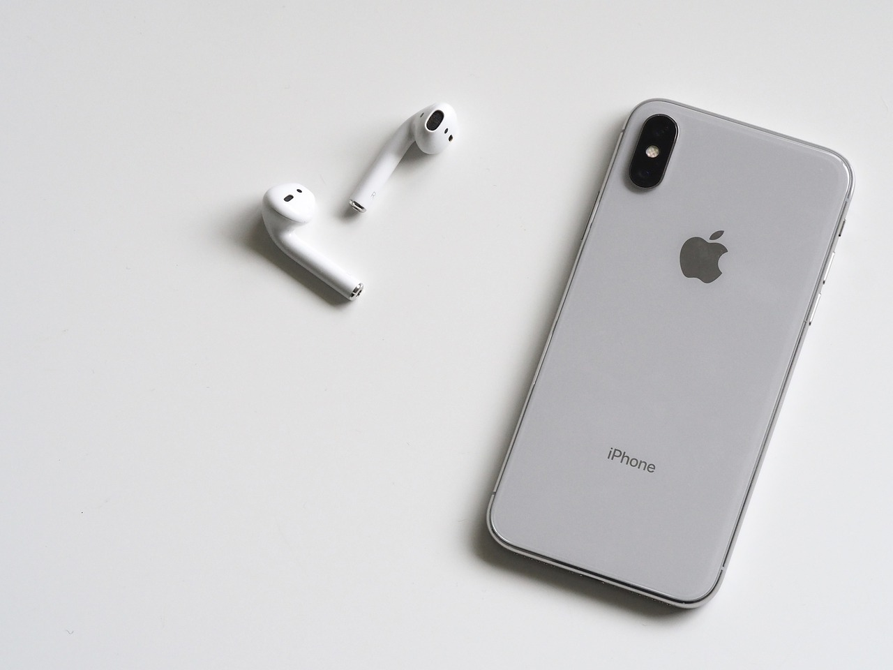 Win an iPhone 11 - SOI (US)