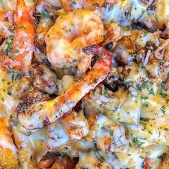 Jerk chicken & shrimps rasta pasta