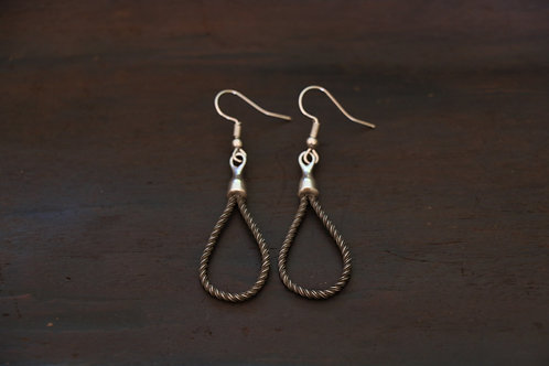 Cable earring