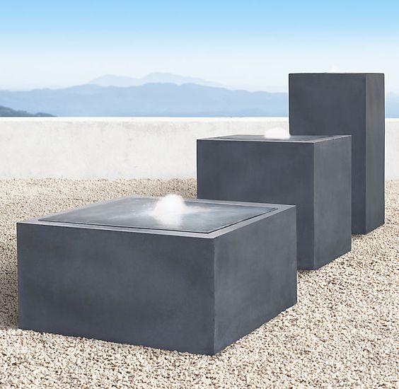 Серия скульптурных фонтанов –плинтов