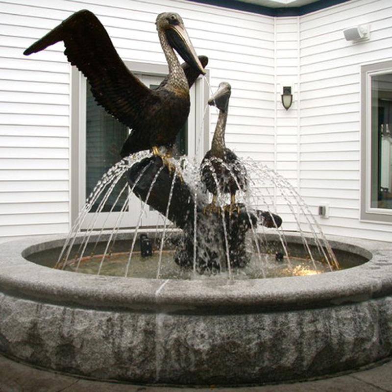 Скульптурный фонтан «Цапли»