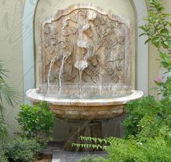 Мраморный настенный фонтан «Цветы»