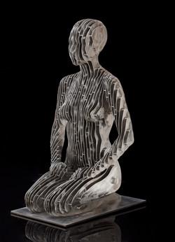 Репродукция скульптуры Джулиана Восс- Андреа «Сидящая ИОНА»