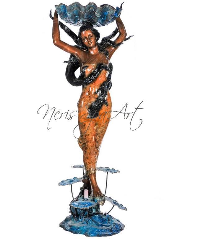 Скульптурный фонтан из бронзы  «ЖЕНЩИНА С РАКОВИНОЙ»