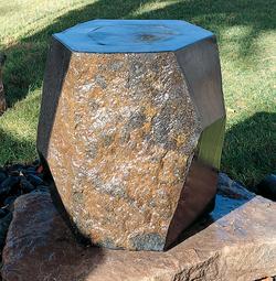 """Каменный фонтан """"МИЗУБАЧИ»"""