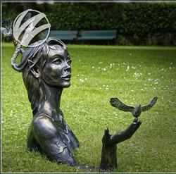 Скульптурная фигура для водного декора «Красивая фея»