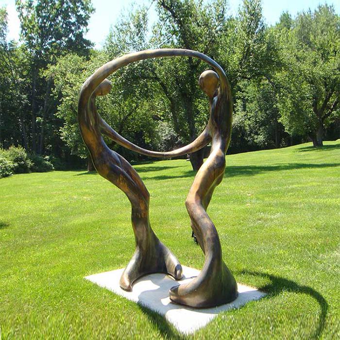 Скульптурная фигура для водного декора «Танцующие русалки»