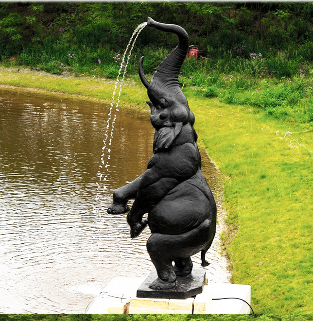 """Скульптурный фонтан """"Танцующий слоненок"""""""