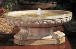 Скульптурный фонтан из искусственного камня «ВЕРСАЛЬ»