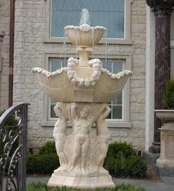Мраморный фонтан «Римские дети»