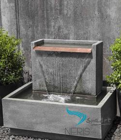 Садовый фонтан «Падающая вода»