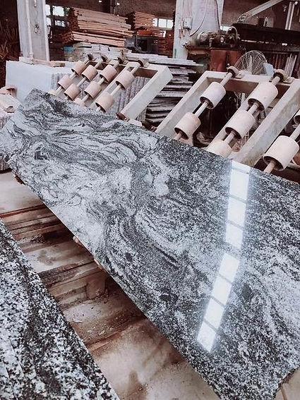 new-juparana-granite-slabs48350458055.jp