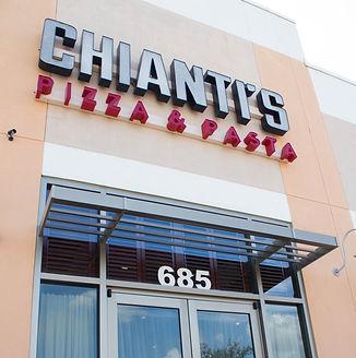 Chiantis-40_edited.jpg