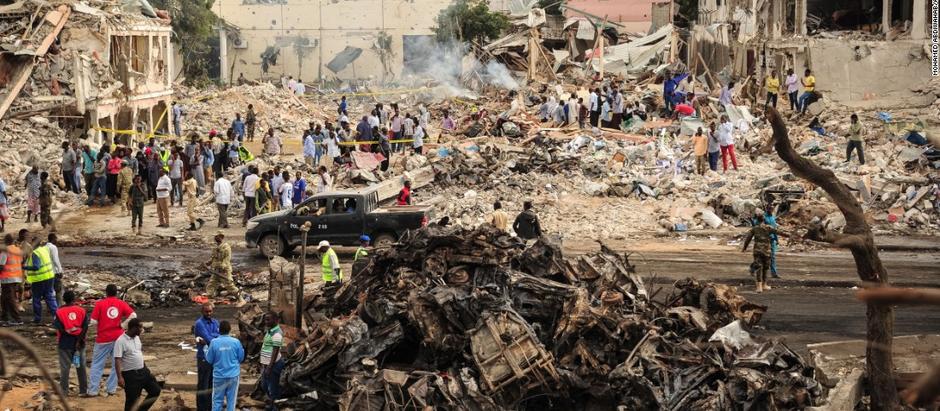 Oltre 300 vittime pagano il faticoso tentativo della Somalia di tornare alla stabilità istituzionale