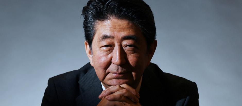 L'Insostenibile Leggerezza di Essere Abe Shinzo