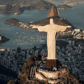 Deus é brasileiro: la Teologia della Liberazione nel Brasile degli anni Sessanta e Settanta