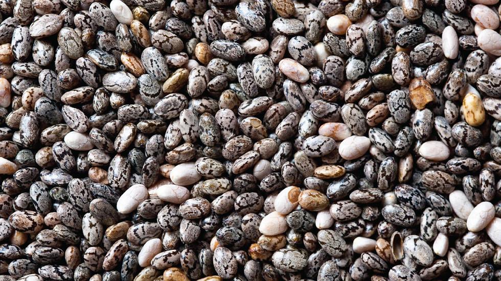 Black Chia Seeds (1kg)