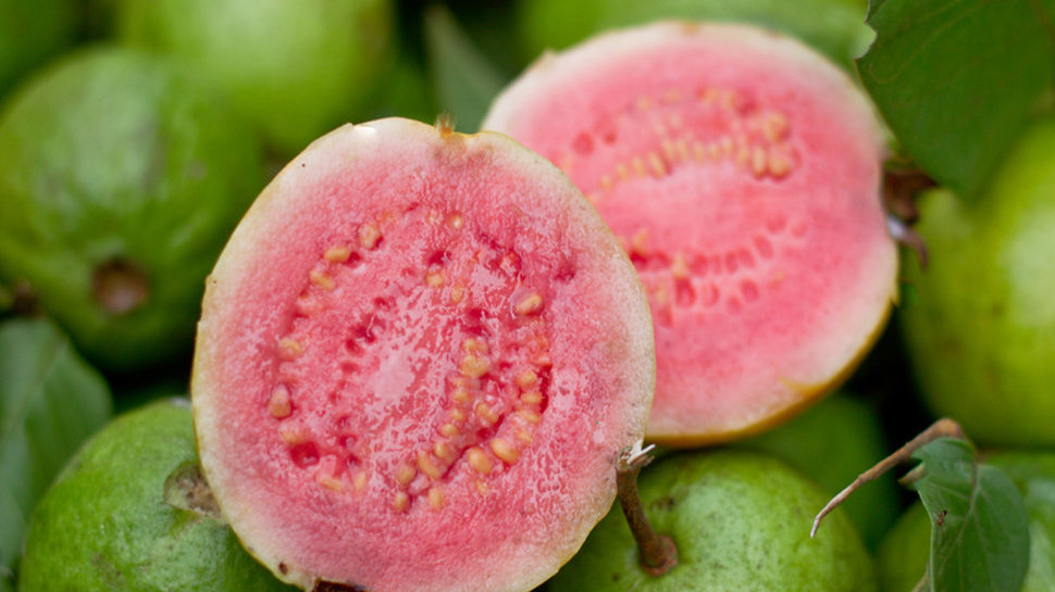 Guava - Chunks (1kg)