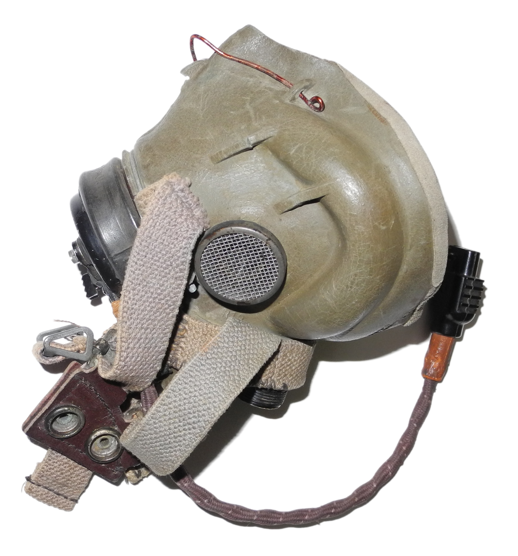 RAF Type G oxygen mask needs work