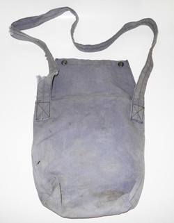 RCAF Gutta Percha & Rubber 1943 dated oxygen mask with stowage case