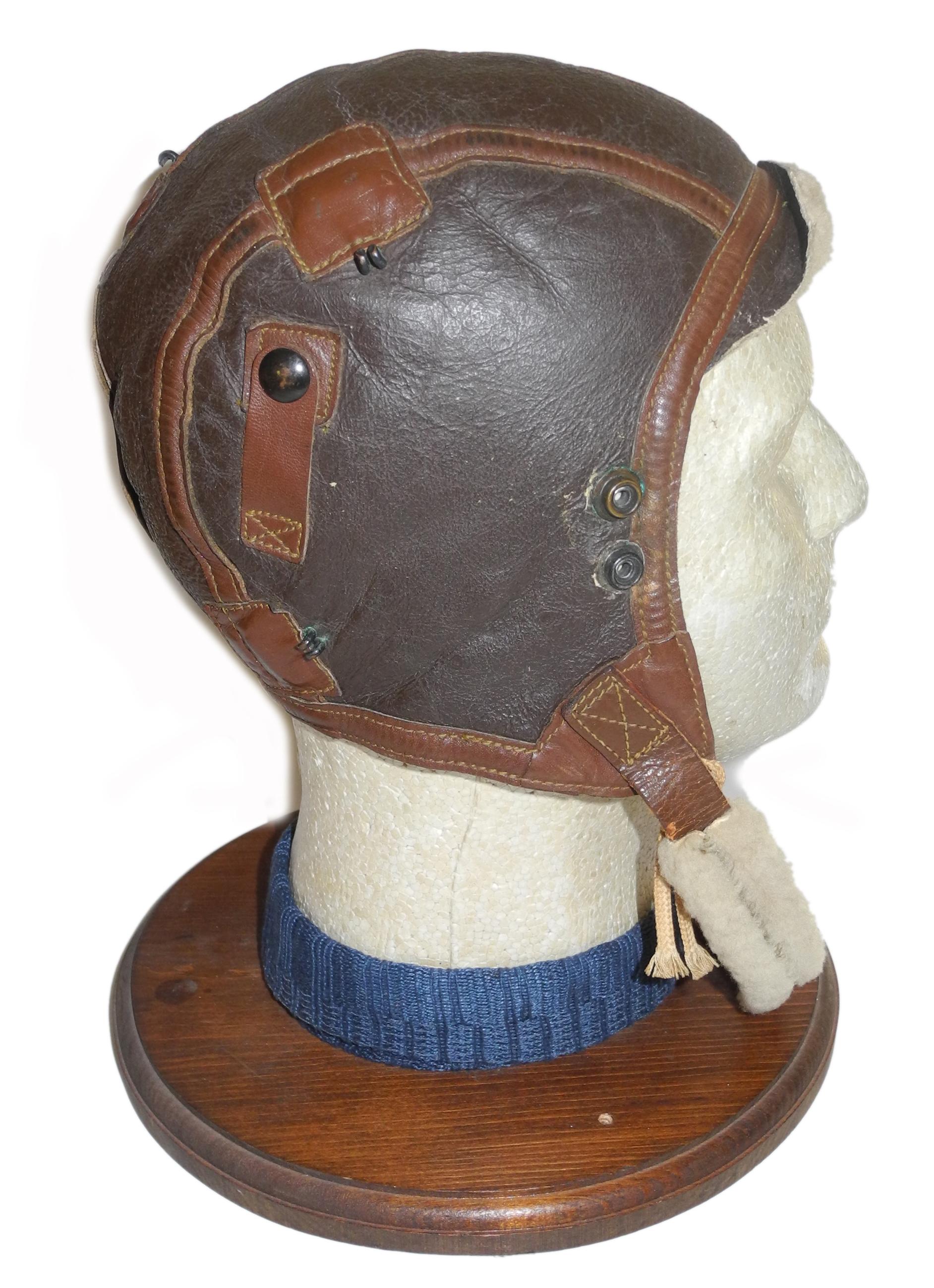 AAF B-6 flying helmet