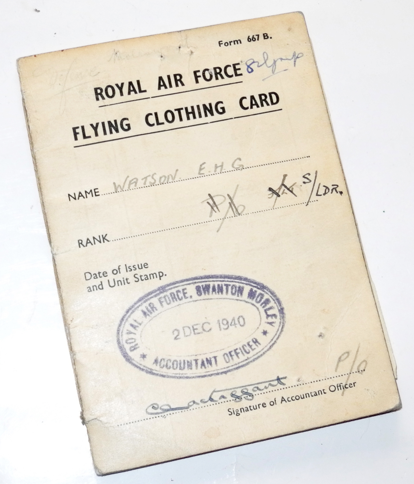 RAF Flying Clothing Card and other documentation to a Squadron Leader.