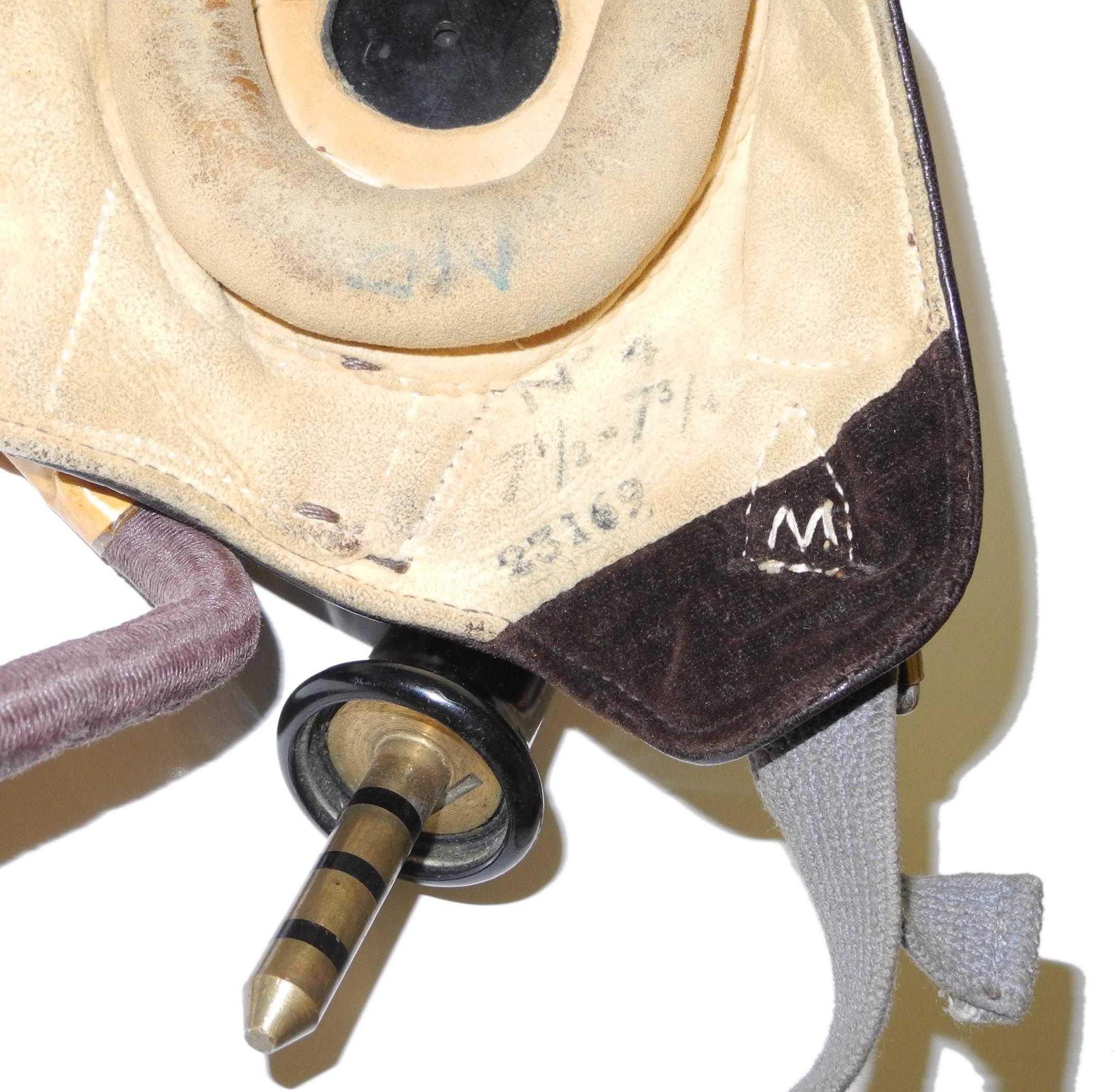 RAF Type C internally wired size 4