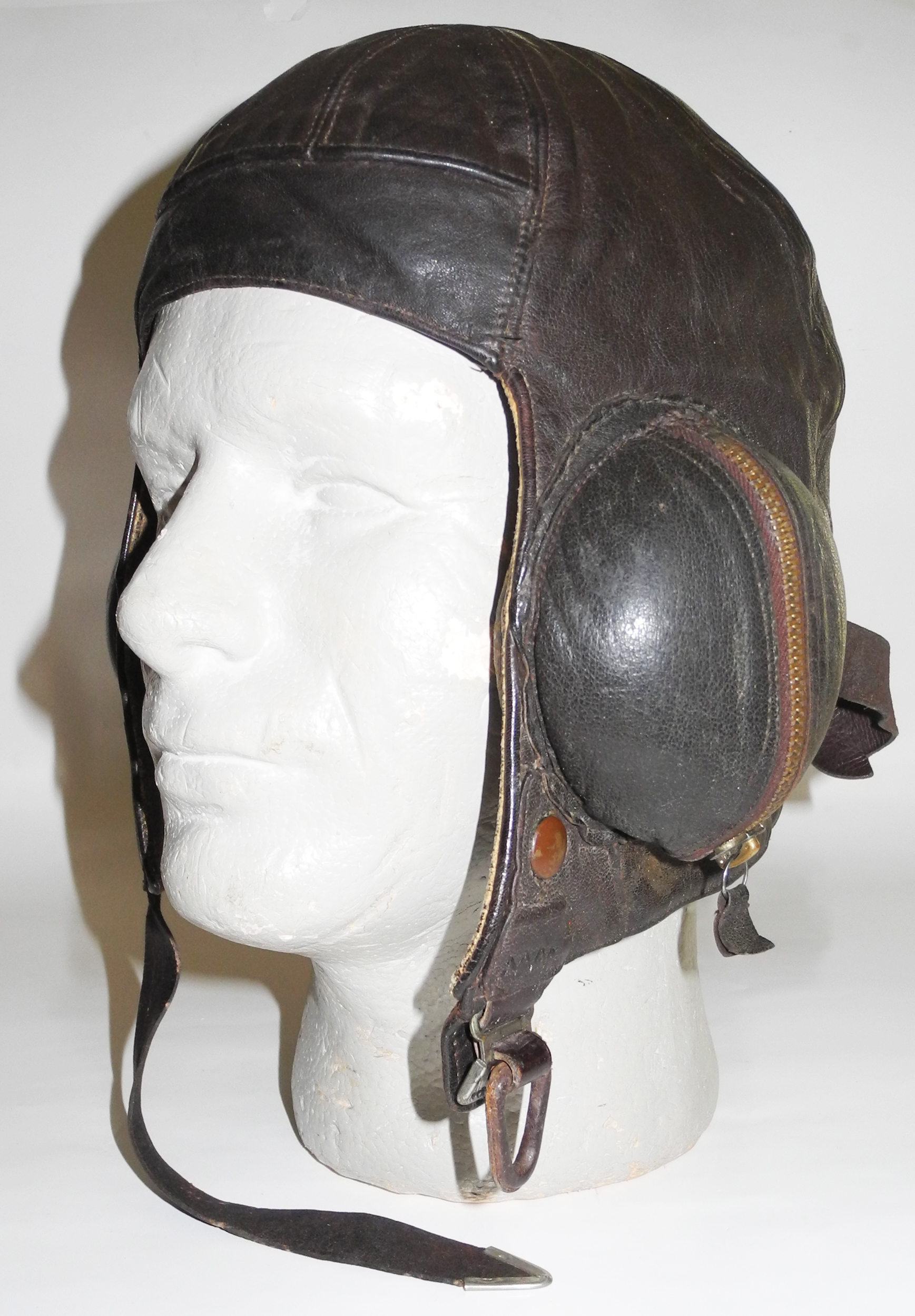 RAF Type B helmet, Frank Bryan, 1940 dated, size 2