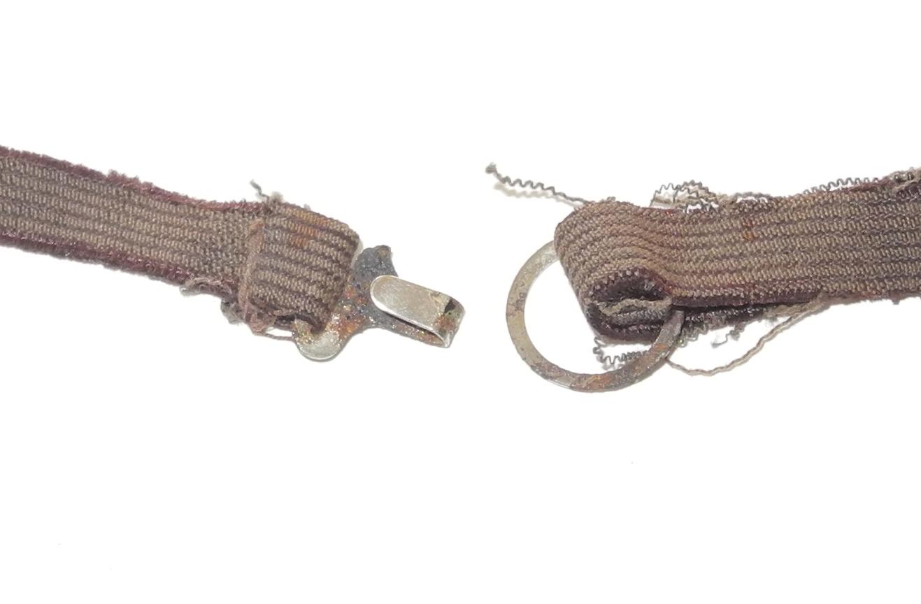 RAF night adaption goggles, first type