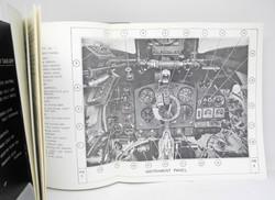 Pilots Notes Spitfire 18 (reprint)