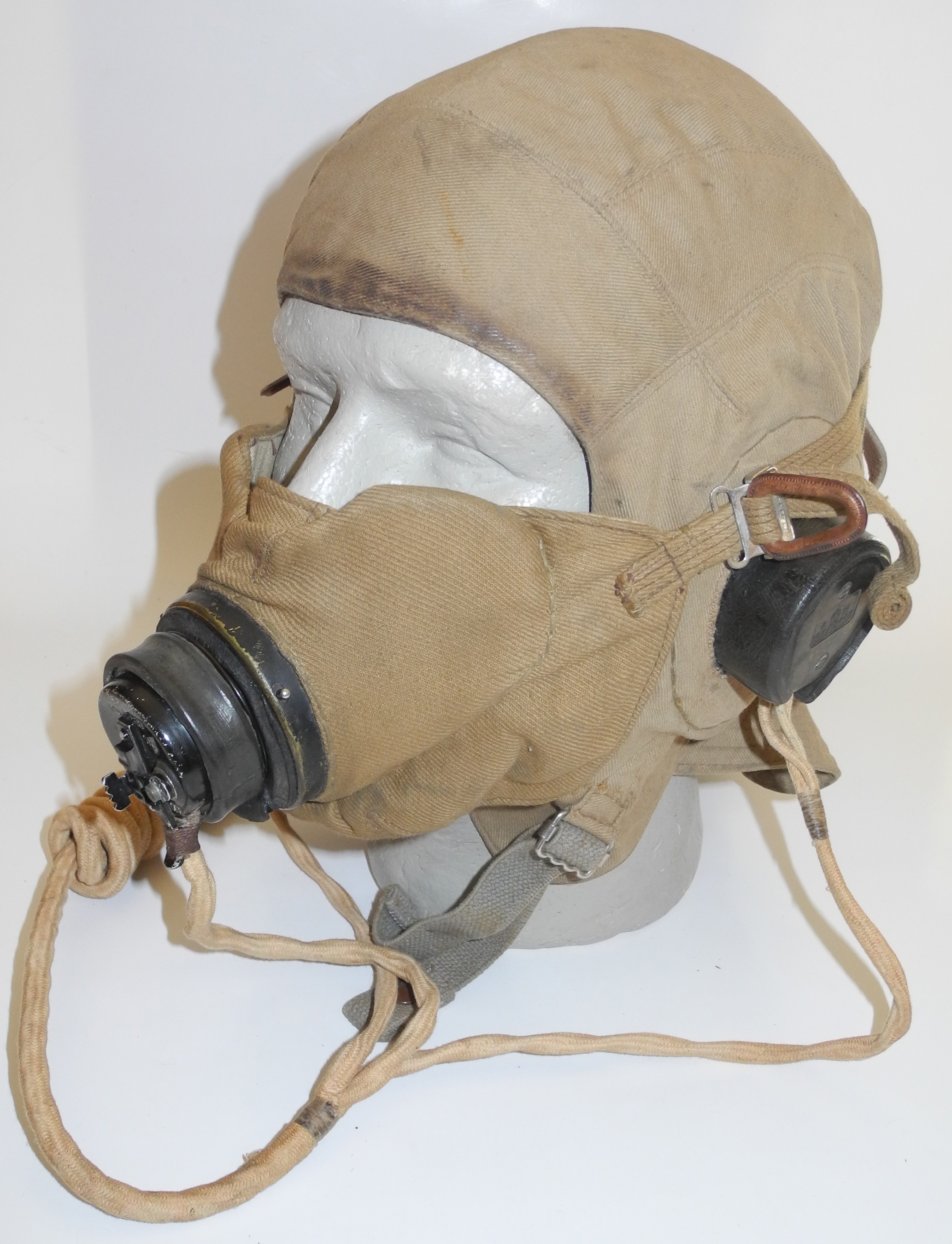 RAF TYpe E microphone carrier mask