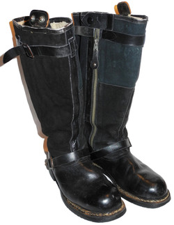 Luftwaffe electrically-heated flying boots