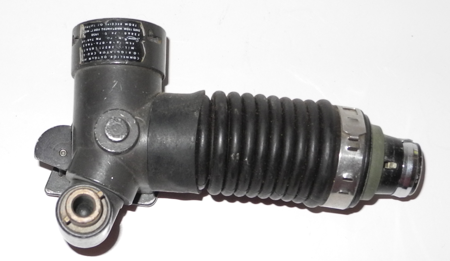 USAF CRU-60 mask / hose connector