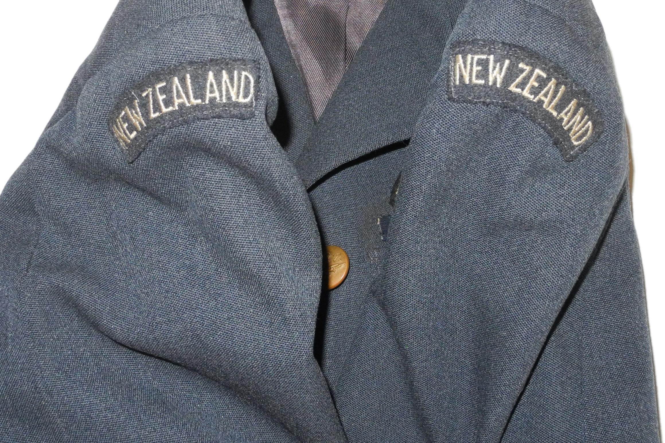 RNZAF officer's SD tunic
