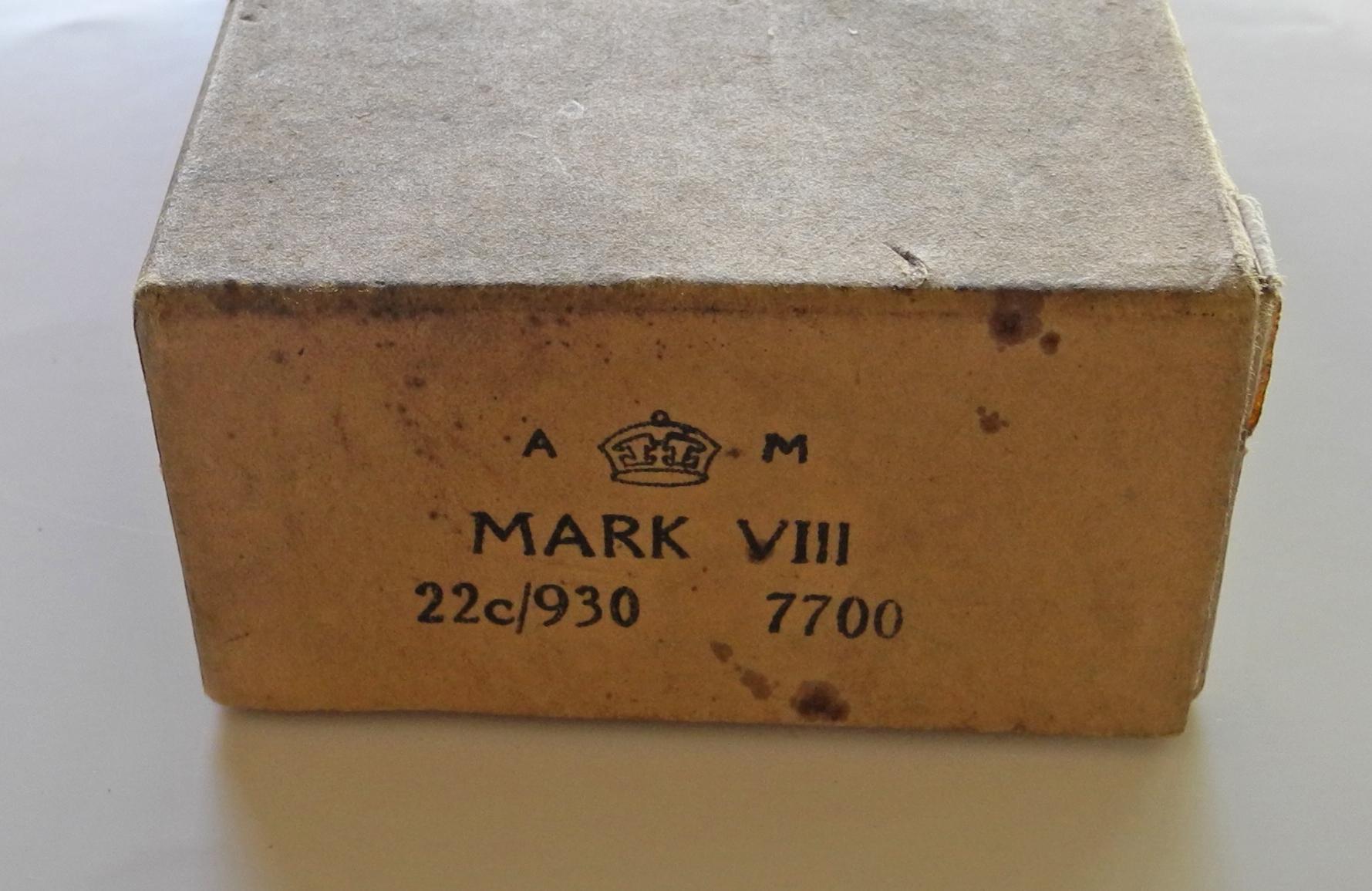 RAF MK VIII goggles with box (used)