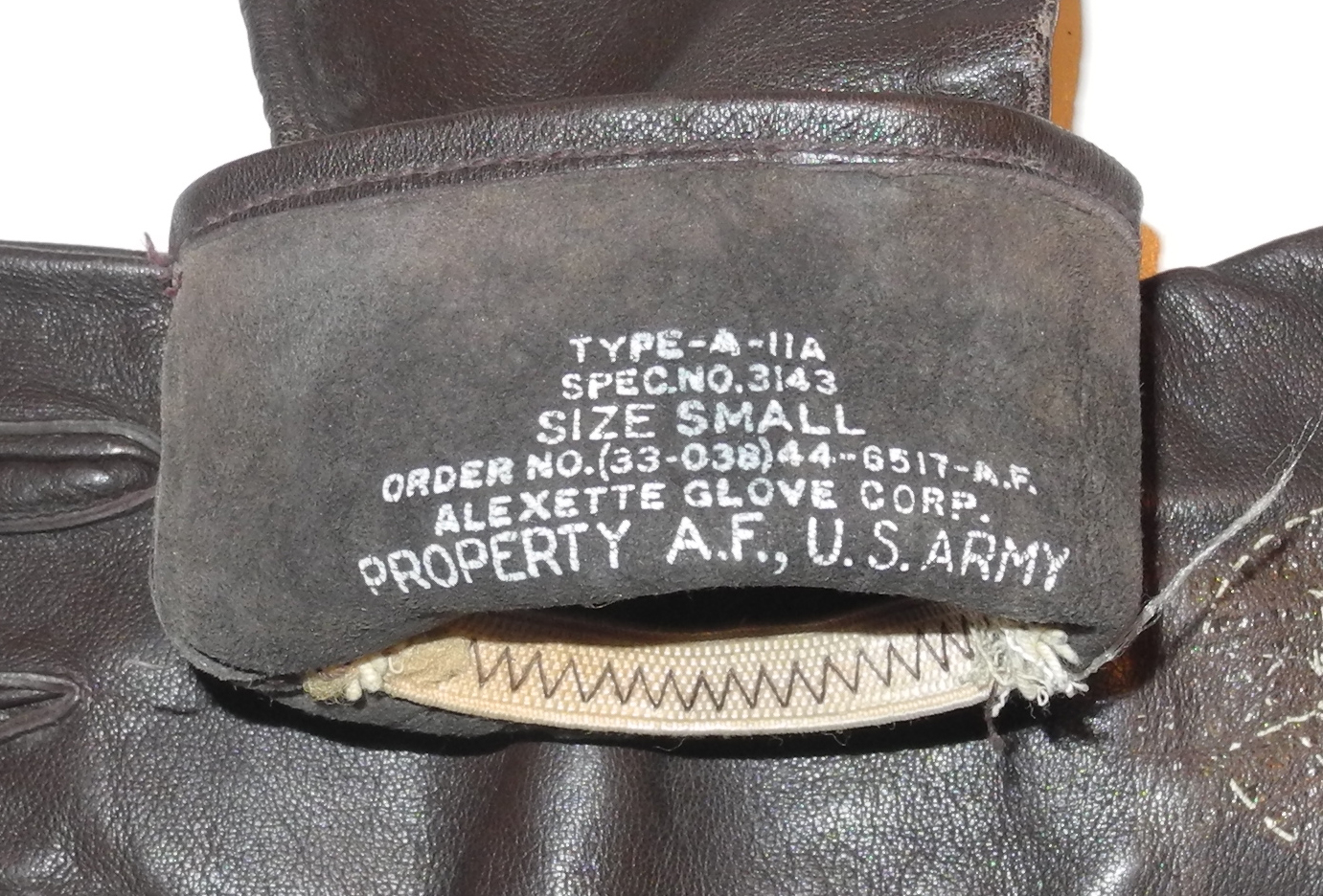 AAF Type A-11A flying gloves