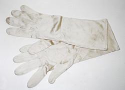 RAF silk inner flying gloves, size 10, unissued