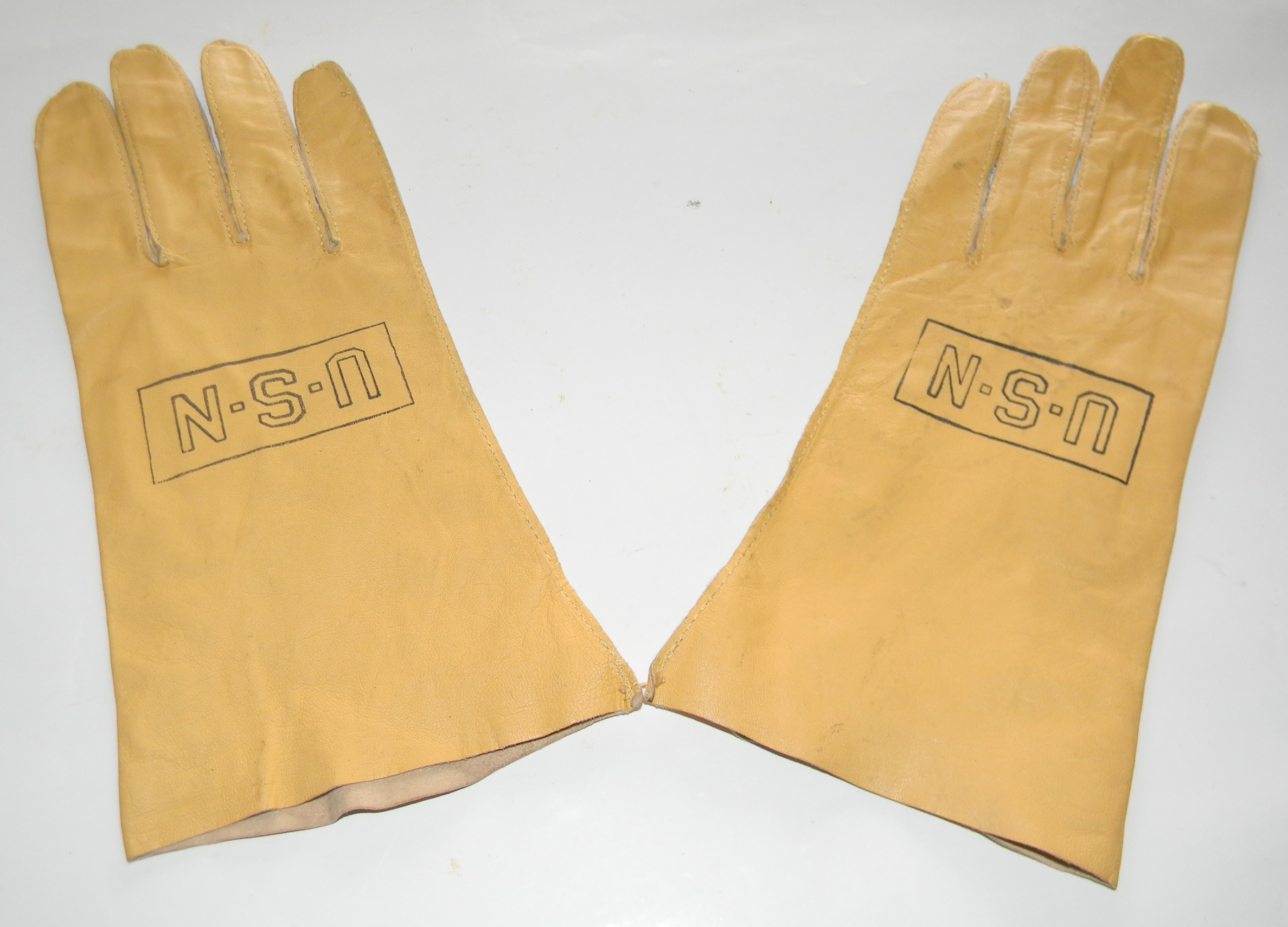 WWII USN B-3 flying gloves