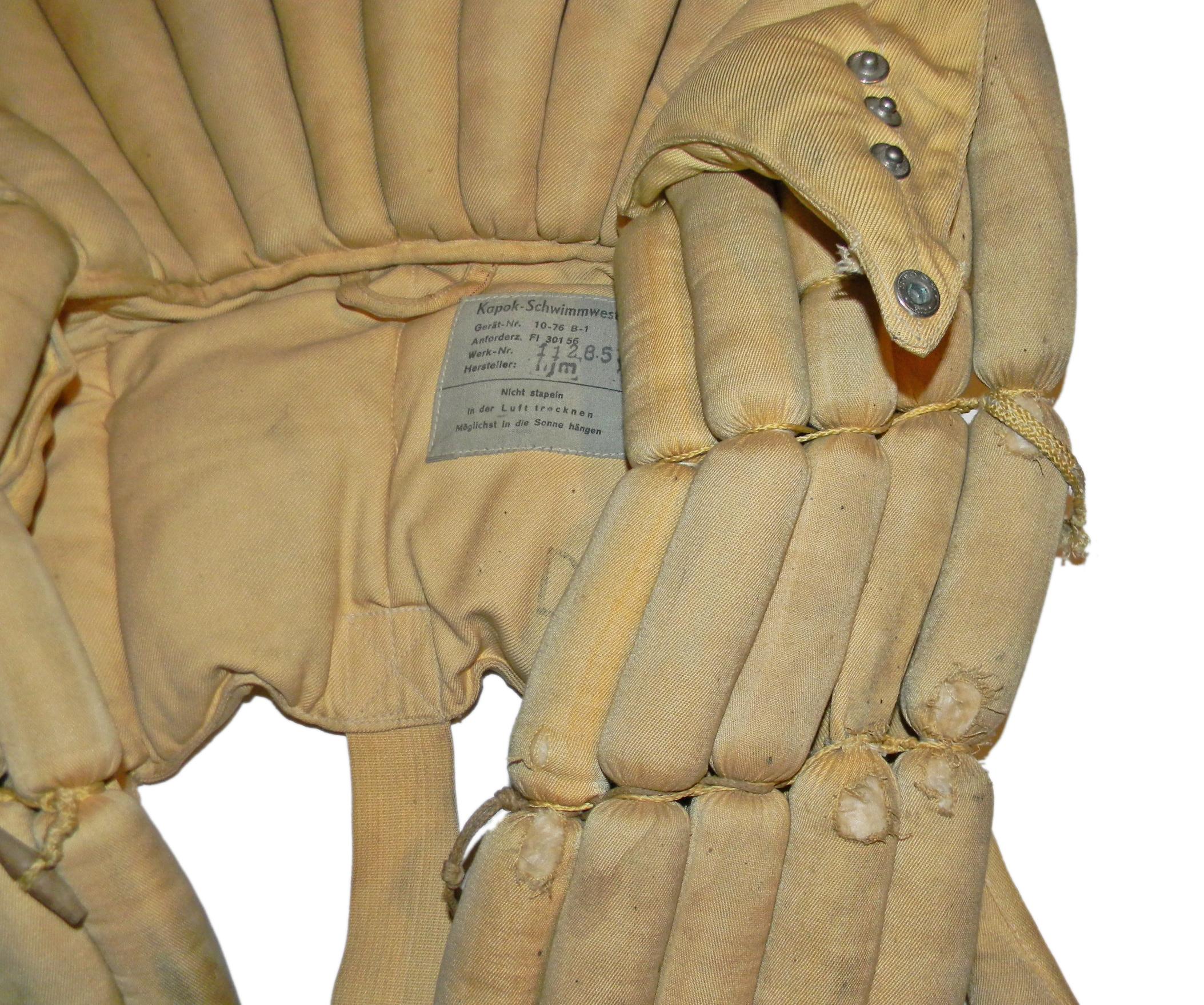 LW kapok model 10-76B-1 life vest
